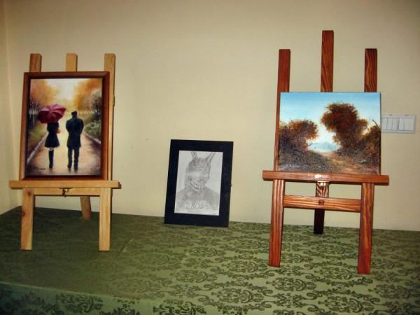 Wystawa prac amatorów malarstwa z powiatu trzebnickiego